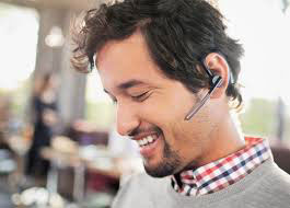 men-wearing-Bluetooth-Earbuds